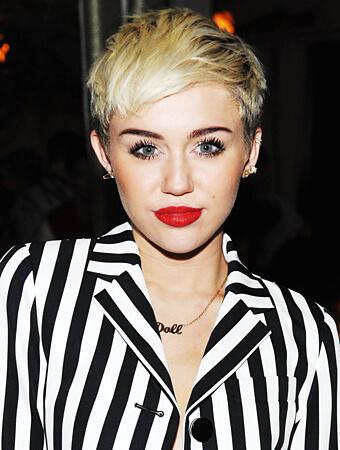 Miley Cyrus Tarot Reading