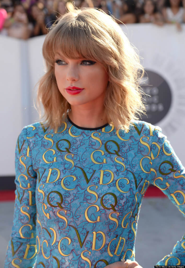 Taylor Swift Tarot Reading